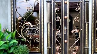 видео Двери входные со стеклом