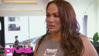 Paige says Nia Jax doesn't want to be her friend: Total Divas Preview Clip, Sept. 19, 2018