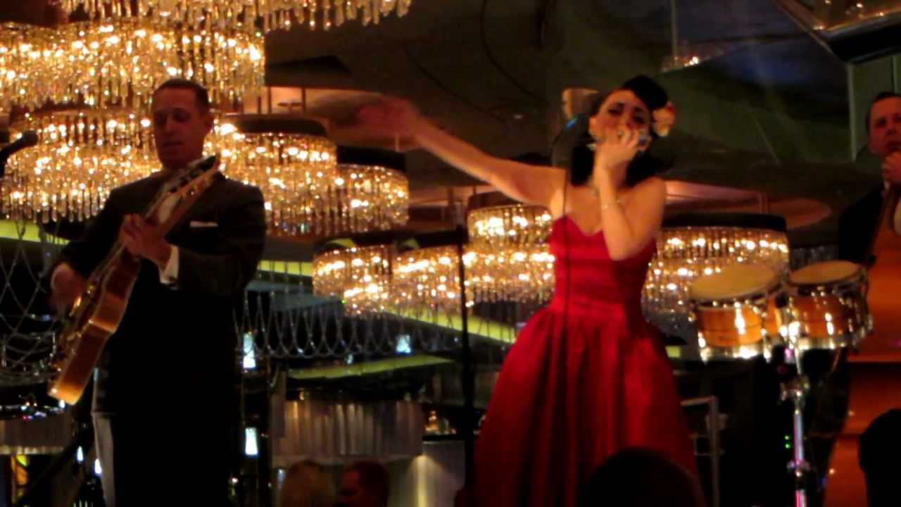 Jennifer Keith performs Live at the Chandelier Bar at the ...