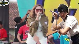 TARIK SIS SEMONGKO    Anggun Pramudita - Bunga ( official Music Video ANRKA SAFARI ) Adu BAR-BAR