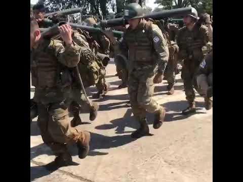 Colegio Militar De La Nación... Alentando El Trote Curso Morterista