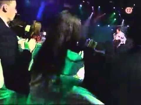 YouTube        - Viera Berkyová feat. Kmeťoband - Kures Funk Live.mp4