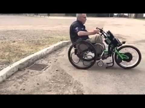 roue loopwheel pour fauteuil roulant roue motrice batec youtube. Black Bedroom Furniture Sets. Home Design Ideas