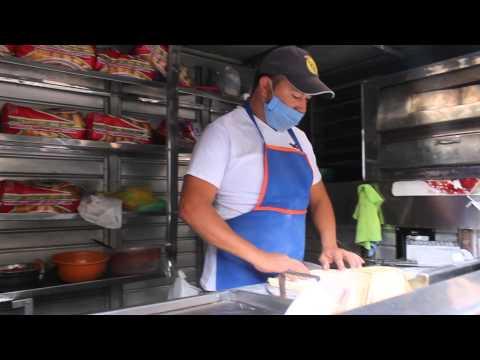 Comida express en Bogotá - Vendedores ambulantes | Docu-reportaje