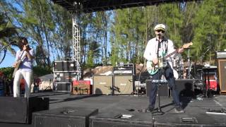 "Weezer performing ""Across the Sea"" on an Island in the Bahamas - Weezer Cruise 2014"