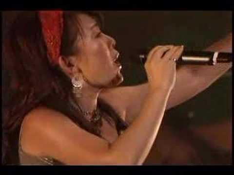Shiawase no Iro by Yoko Ishida live on stage