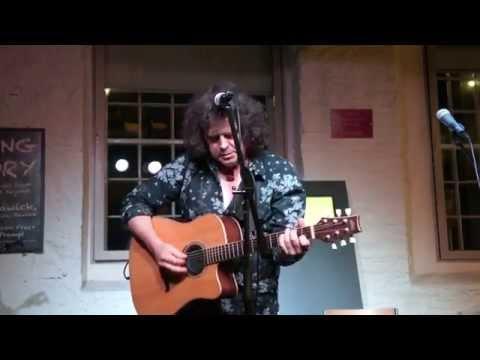 Willie Logan - The Chain (Fleetwood Mac cover)