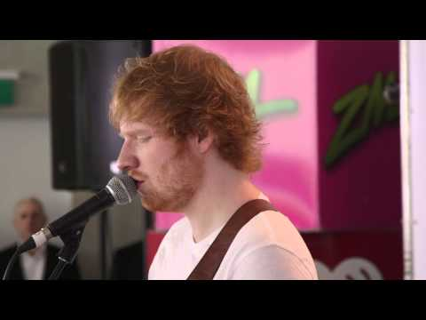"Ed Sheeran - ""I See Fire"" LIVE"