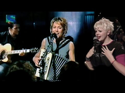 "Dixie Chicks & Sheryl Crow - ""You Were Mine"" (LIVE, 1999)"