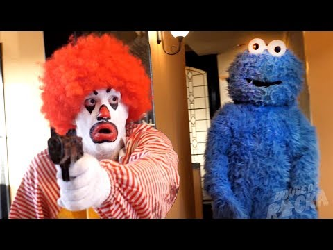 Ronald McDonald VS Cookie Monster