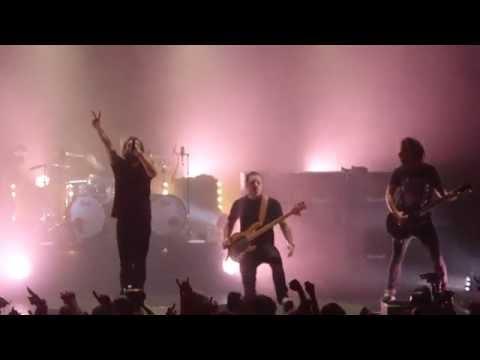 Mass Hysteria - Vae Soli ! (live)
