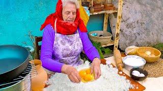 الراحة بإعداد الطعام || جدتي البالغة من العمر 83 تعد المعكرونة ||وصفات شهية لإعداد الطعام