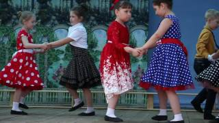 Малыши Ключевска танцуют в День поселка