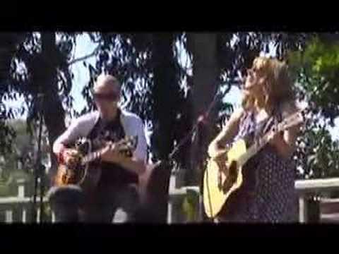 Клип Keren DeBerg - Boy On TV
