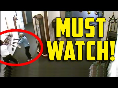 [ACTUAL VIDEO] Man ignores museum rules, touches priceless Clock which falls from wall and smashes