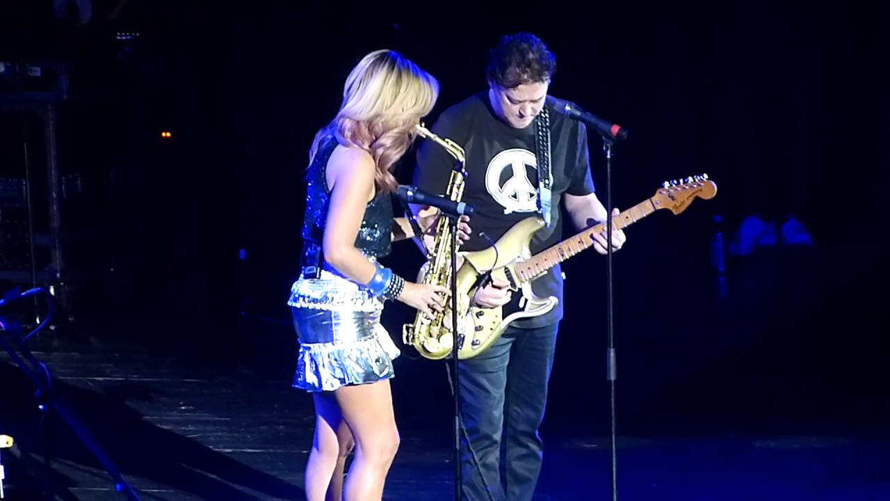 Candy Dulfer - Lily Was Here / The solo guitar - Ulco Bed /