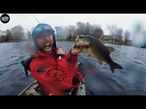 EXTREME KAYAK BASS FiSHING!