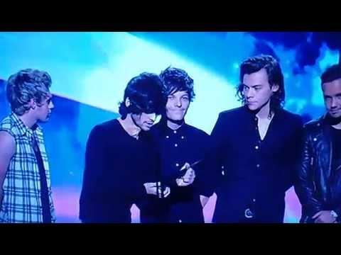 HQ One Direction ARIA Best International Artist 2014