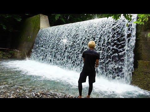 魚いるの?大滝の下でルアー釣りをしてみると・・・