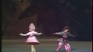 Casse-Noisette, Op.71 (Nutcracker) - Trepak (Danse Russe - Bolchoï / Bolshoi) - Tchaikovski