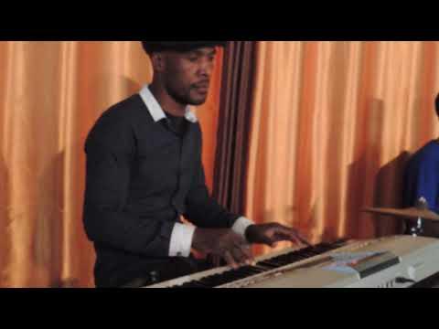 Bwana ni mchungaji wangu by Reuben Kigame and Sifa voices
