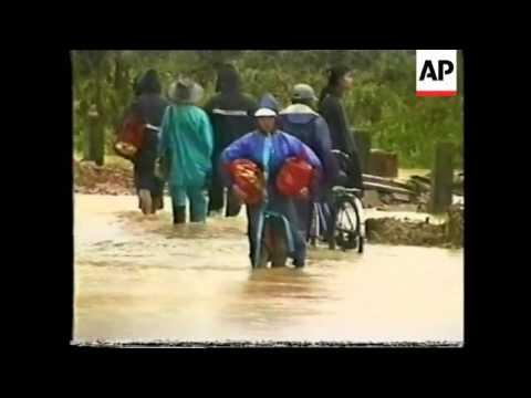 vietnam:-danang:-flooding-causes-food-shortages