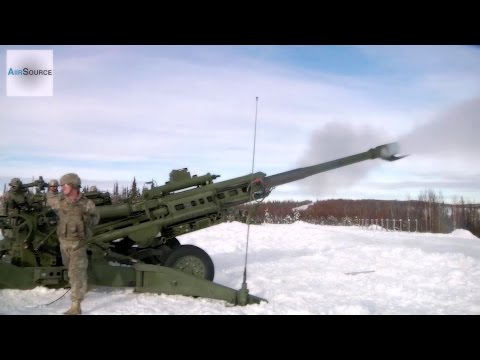 "1st Stryker Brigade Combat Team ""ARCTIC WOLVES"" - Howitzer, Mortars Live Fire"