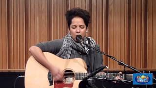 "Vicci Martinez perfoms ""Jolene"" live at a KFOG Private Concert."