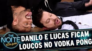 Lucas Lucco e Danilo ficam loucos jogando Vodka Pong | The Noite (29/08/17)