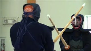 Cамураи с бамбуковыми мечами. Тренировка. Samurai practicing bamboo swords.