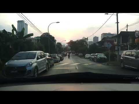 SUASANA IBU KOTA KUALA LUMPUR MALAYSIA  DAN PARKING NYA KLCC