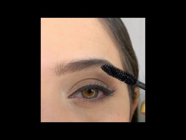 Tips and Tricks for Mascara on Defined Eyes   Medium Skin-tone