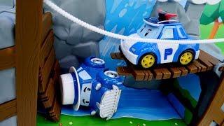 Araba oyunu. Robocar Poli ve kurtarma ekibi görevde!