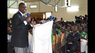 Deputy President William Ruto preaches to Kenyan preachers