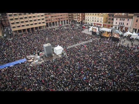 euronews (deutsch): Regionalwahl in Italien: 40.000 Sardinen gegen Salvini