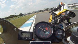 dh racing zxr 400 vs ducati 749
