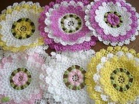 DIY toalhinha de babadinho em crochê  -  doily crochet babado