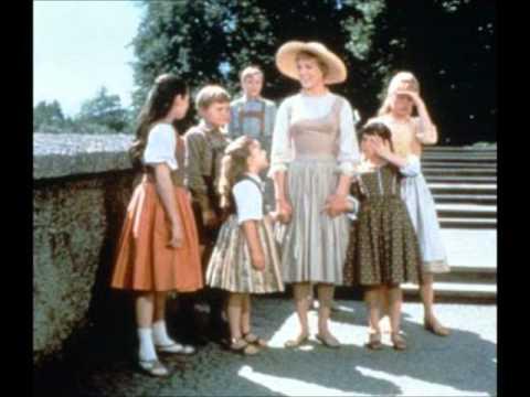 Julie Andrews & Christopher Plummer Edelweiss