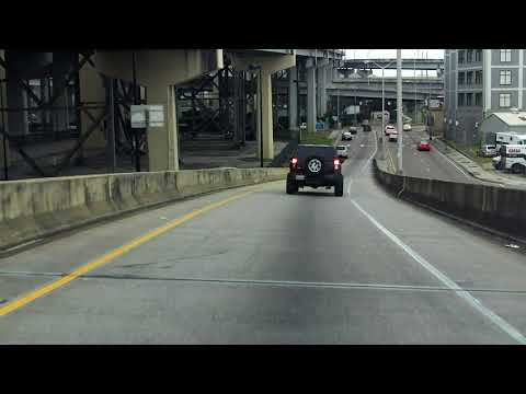 Pontchartrain Expressway (Interstate 910/US 90 BUSINESS Exit 11) westbound/inbound
