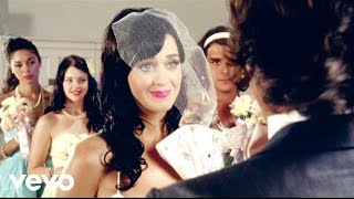 Katy Perry - Hot N Cold (Official) thumbnail