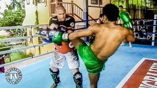 Muay Thai In Thailand - Training With Coach Ralf Stege
