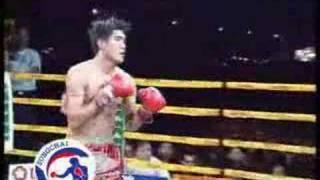 Kamel Jemel vs. Somrak Sor.Khamsing (Muaythai Part.1)