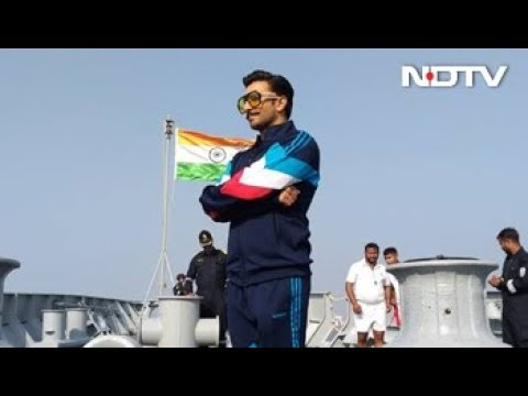 """Ranveer Singh, Rohit Shetty Thank Navy Sailors, Call Them """"Real Heroes"""""""