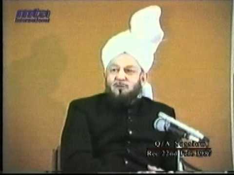 Guzashta Sulaha Ki Tafseer-e-Quran K Muqabal Par Hazrat Mirza Sahib Ki Tafseer Ka Muqam