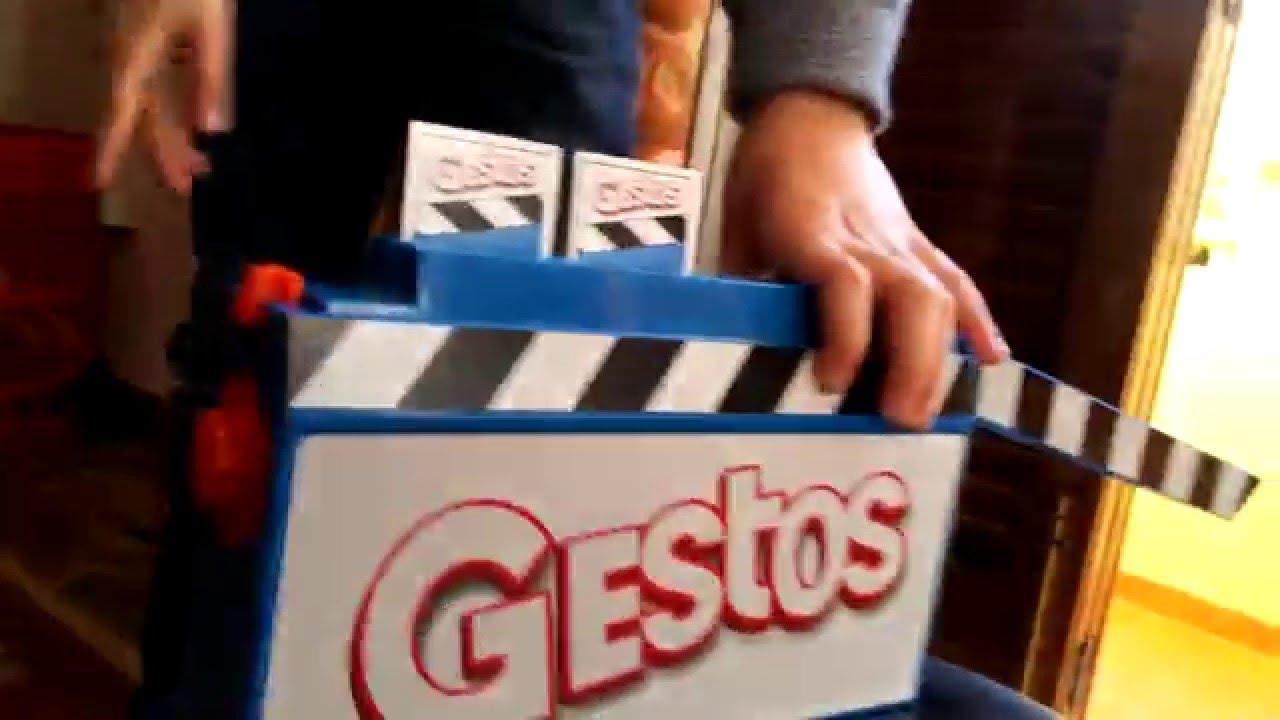 Jugando A Gestos Juego De Mimica Hasbro Youtube