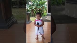 video lucu anak kecil karaoke lagu dangdut||goyang funny