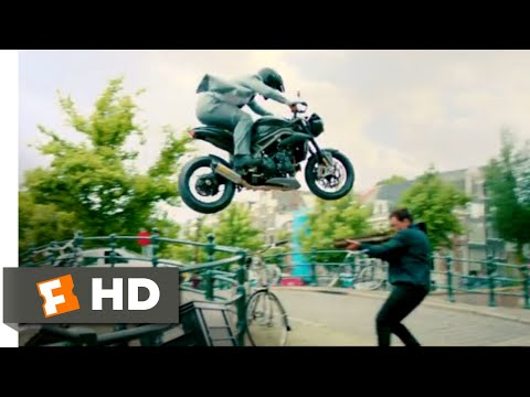 The Hitman's Bodyguard (2017) - Amsterdam Canal Chase Scene (8/12) | Movieclips Mp3