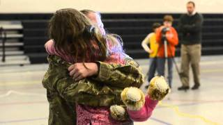 Daughter receives surprise visit from Army mom
