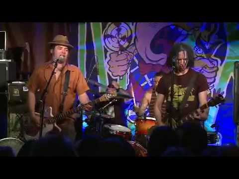 NOFX live at Rocke 2010 - 08 - New happy birthday song