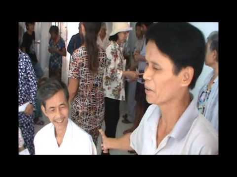 Đoàn Tin-Vui-Chữa-Lành tặng quà bệnh nhân Cùi và HIV/AIDS tết Quý-Tỵ 2013
